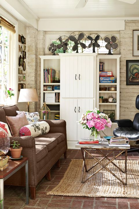 Cozy Living Rooms: Furniture And Decor Ideas For Cozy