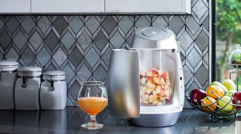 Serveware, Food, Tableware, Small appliance, Produce, Ingredient, Kitchen appliance, Home appliance, Drink, Drinkware,