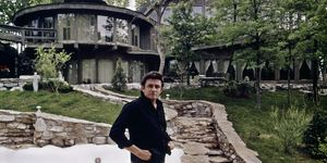Johnny Cash in front of his home in Hendersonville, Tennessee