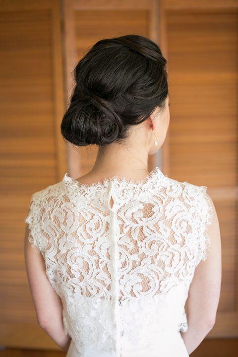 Clothing, Ear, Hairstyle, Sleeve, Shoulder, Bridal clothing, Textile, Joint, Dress, Wedding dress,