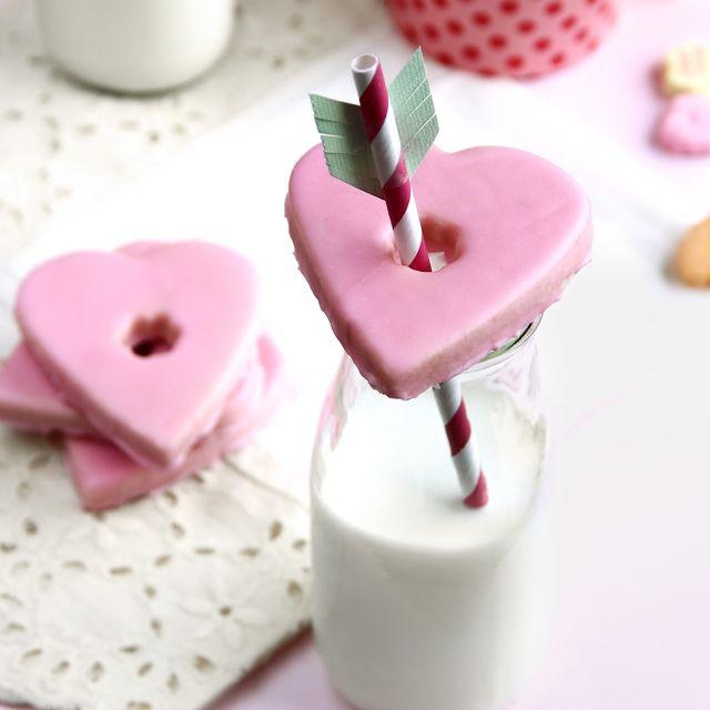 food, pink, heart, cuisine, marshmallow, dish, dessert, wedding favors, recipe,