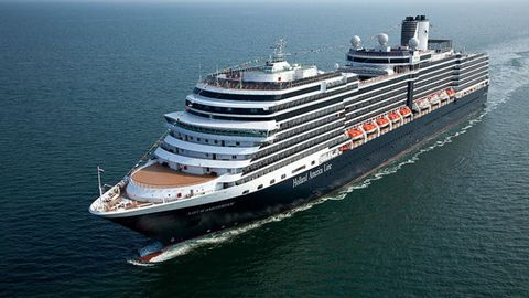 Mode of transport, Liquid, Cruise ship, Water, Transport, Passenger ship, Watercraft, Waterway, Boat, Naval architecture,