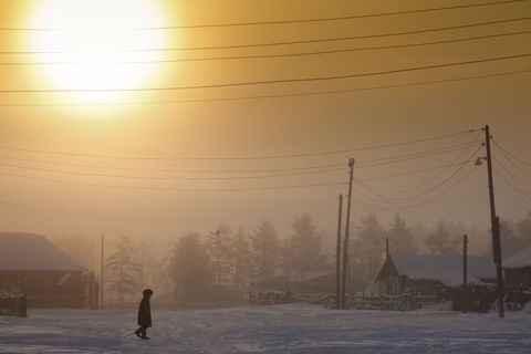 Winter, Overhead power line, Electricity, Atmospheric phenomenon, Freezing, Cable, Electrical network, Evening, Wire, Electrical supply,