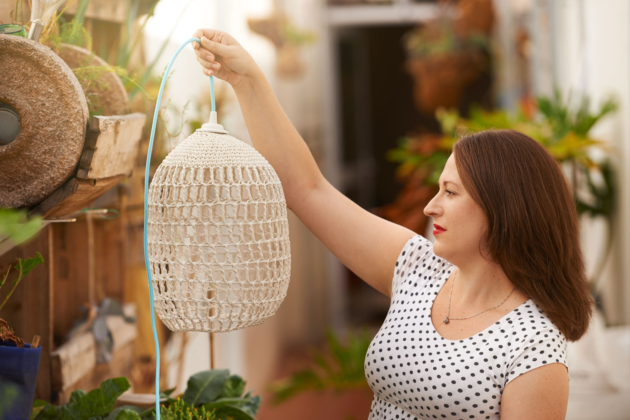 25 Macrame Decorating Ideas The 70s Decor Trend Is Back