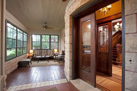 Wood, Floor, Interior design, Property, Flooring, Glass, Hardwood, Ceiling, Real estate, Wood stain,