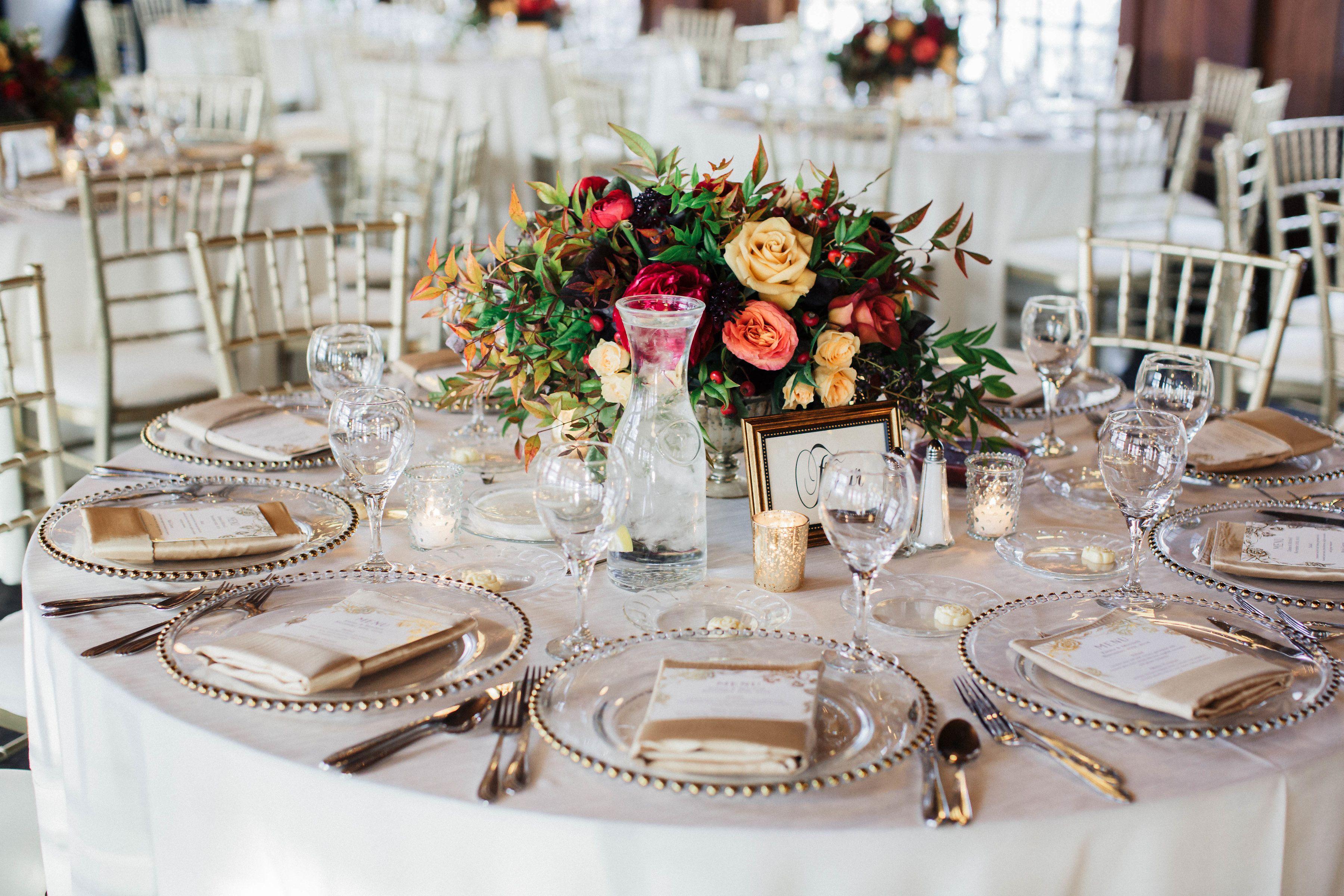32 Dreamy Winter Wedding Photos Ideas For Winter Weddings