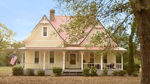 Farmhouses for Sale 2017 - Country Homes In Every State