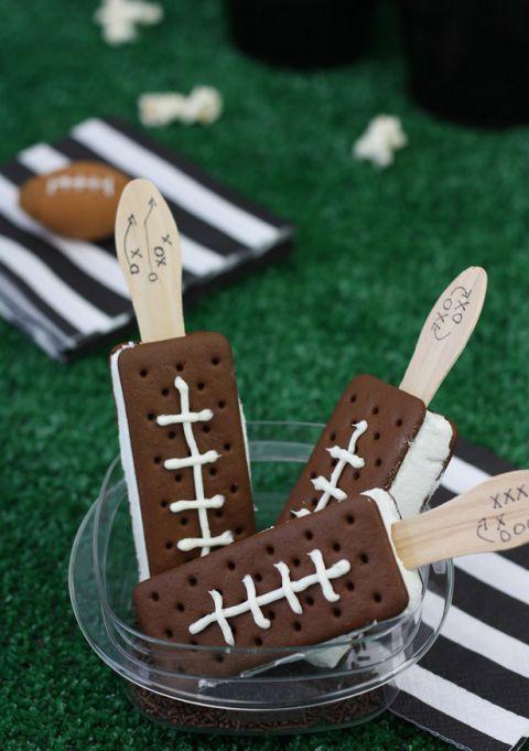 11 Quot Super Bowl Sundae Quot Ice Cream Bar Ideas How To Host