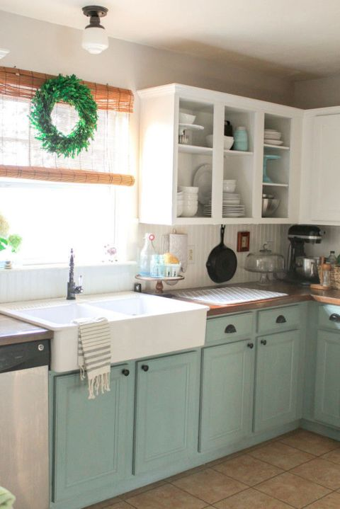 Groovy 10 Diy Kitchen Cabinet Makeovers Before After Photos Beutiful Home Inspiration Cosmmahrainfo