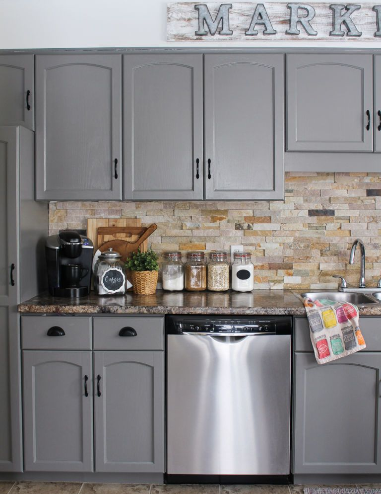 10 diy kitchen cabinet makeovers before after photos - App to change color of kitchen cabinets ...