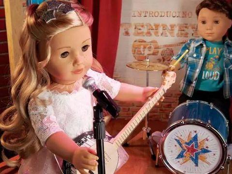 Nashville Tenney and Logan dolls