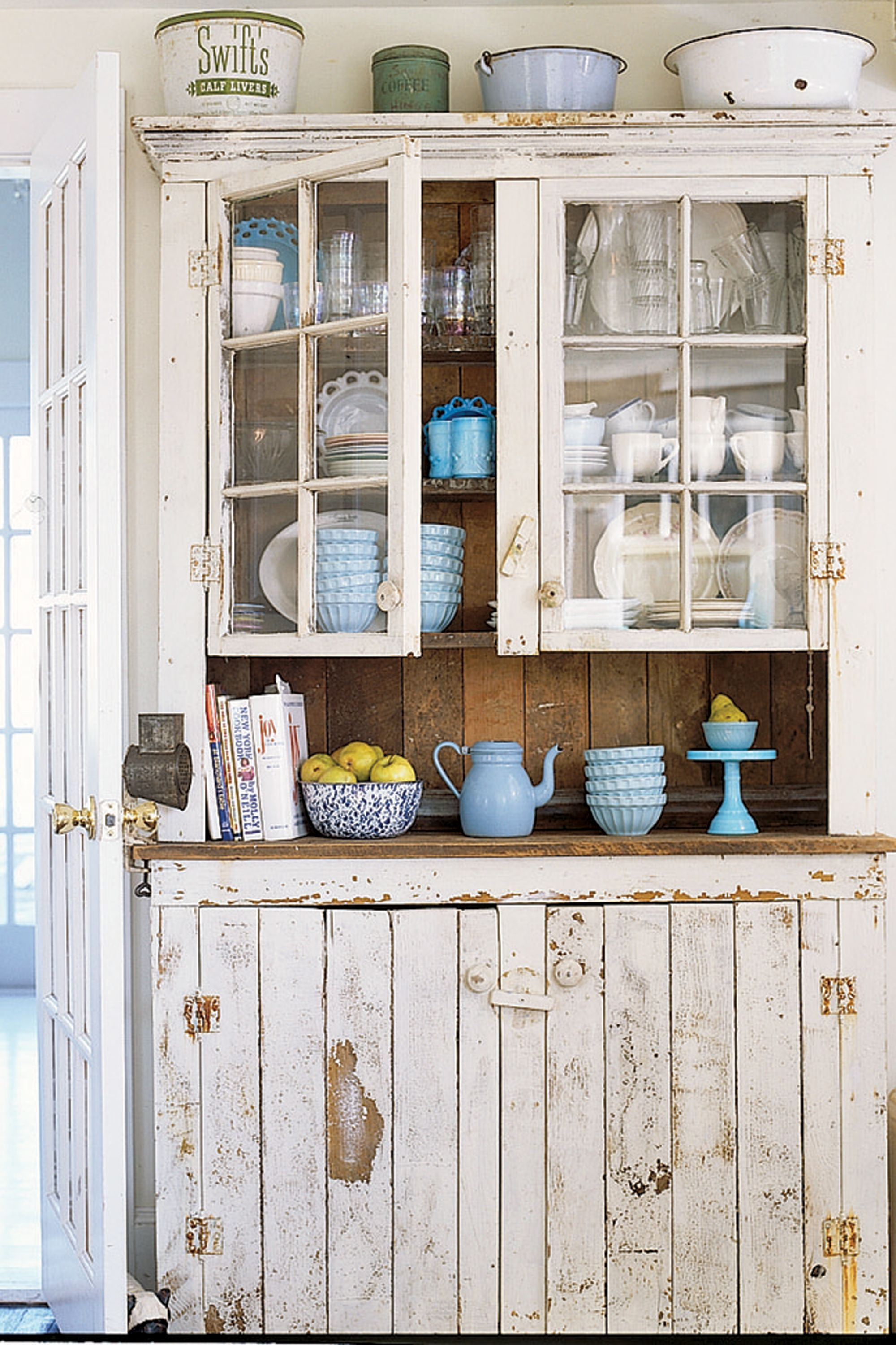 decorating table cabinet ideas classic pictures china decor room dining hutch