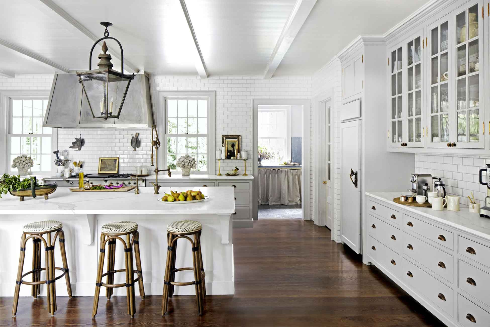 24 best white kitchens pictures of white kitchen design ideas rh countryliving com