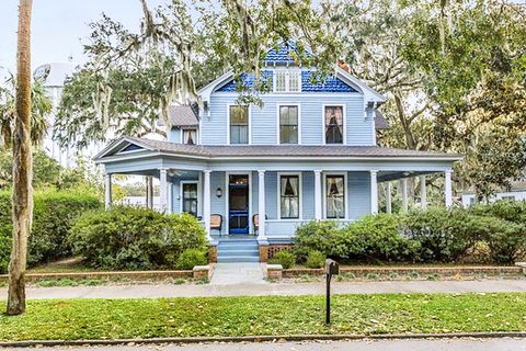 House, Home, Property, Building, Real estate, Residential area, Estate, Architecture, Historic house, Tree,
