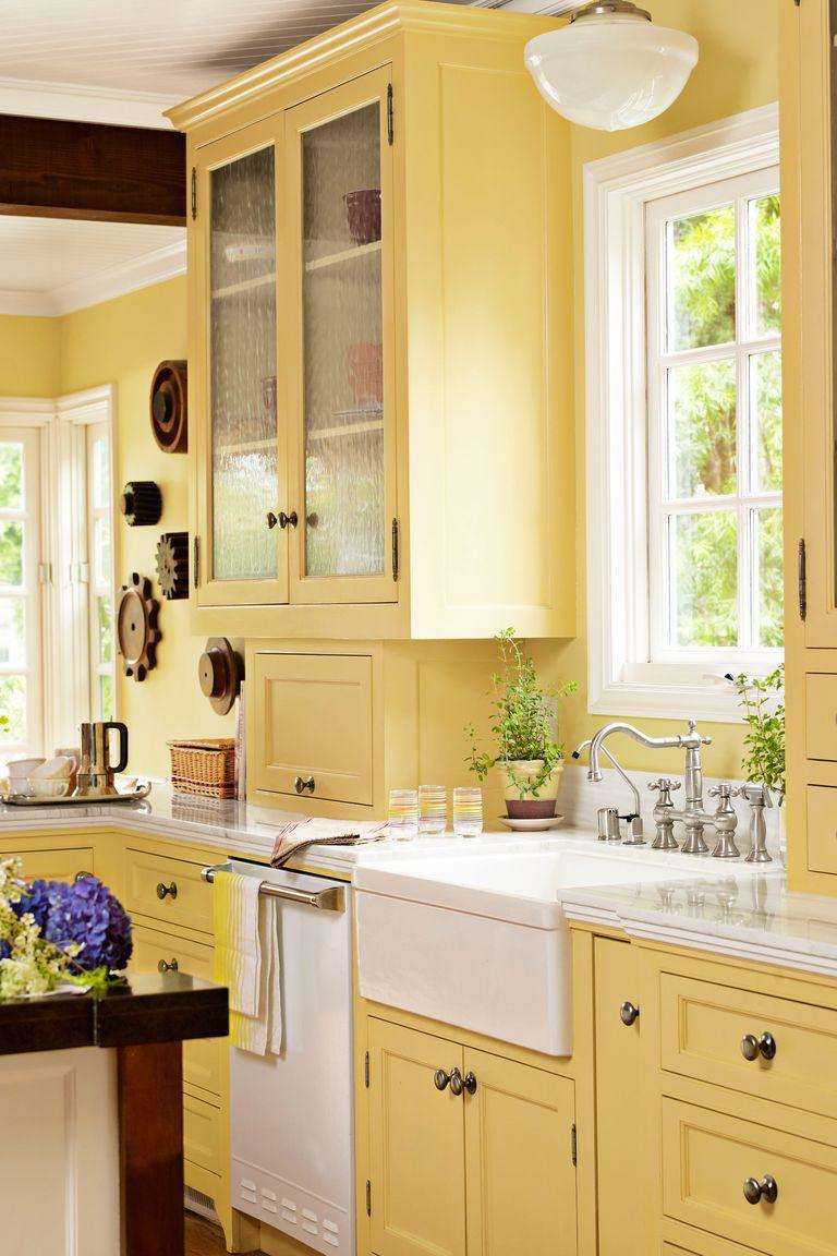 15+ Best Kitchen Color Ideas   Paint and Color Schemes for ...