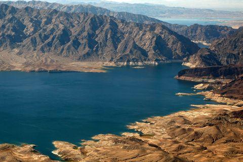Body of water, Mountainous landforms, Wadi, Mountain, Sky, Reservoir, Lake, Wilderness, Water resources, Mountain range,