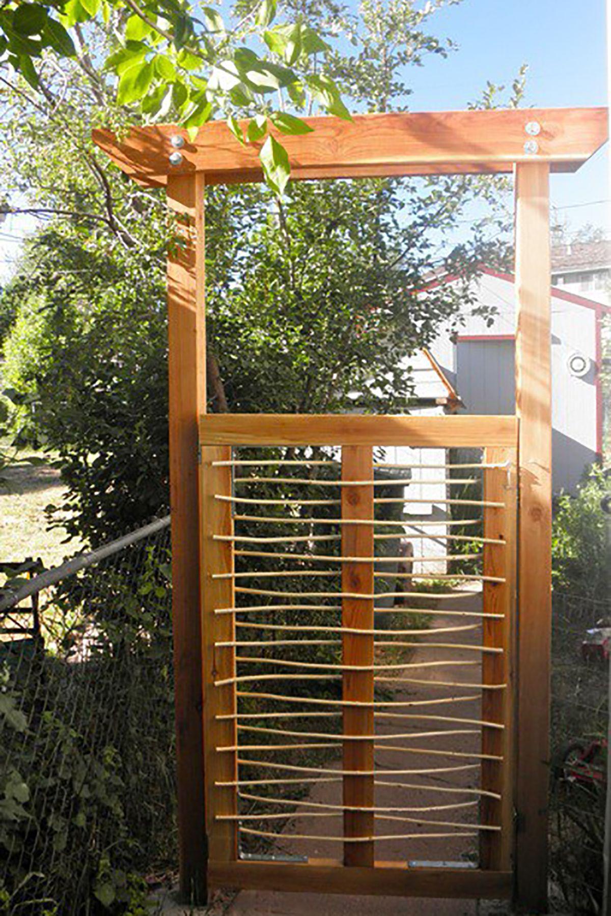 Charmant Unique Garden Gate Idea