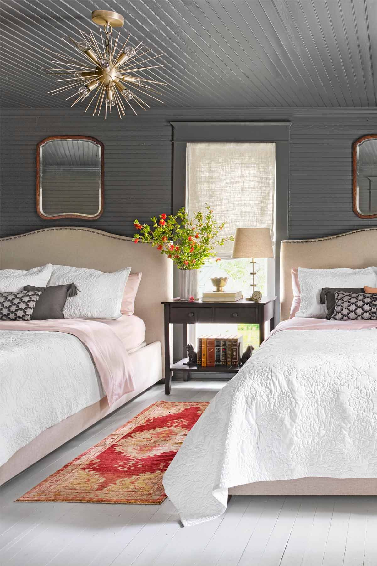 12 Best Guest Bedroom Ideas - Decor Ideas for Guest Rooms
