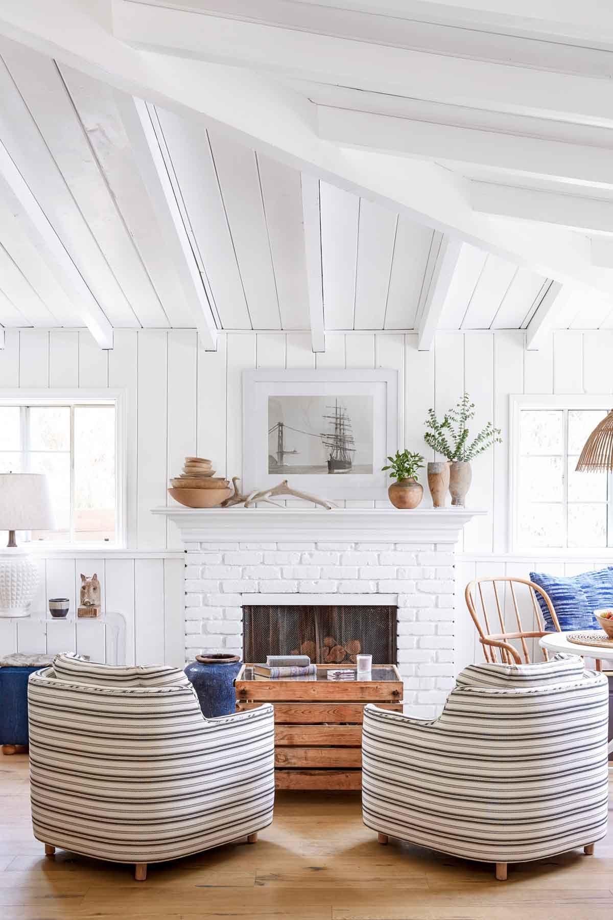 white living rooms & 30 White Living Room Decor - Ideas for White Living Room Decorating
