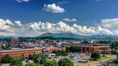 Buffalo Mountain, Johnson City