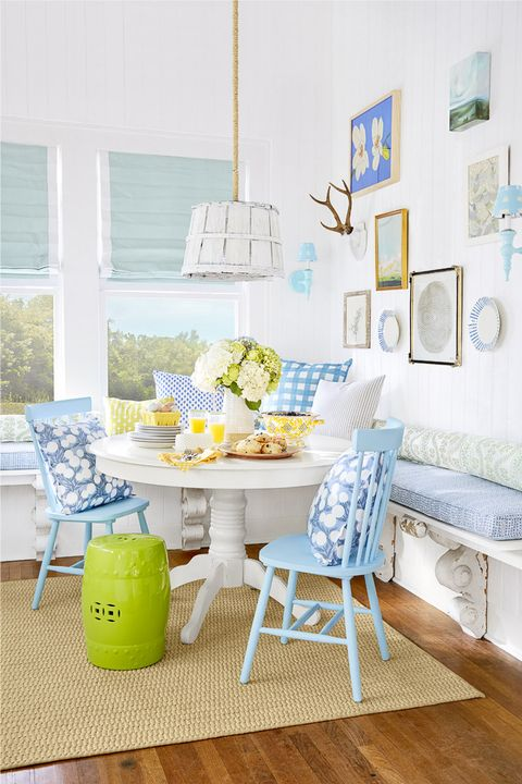 Blue, Furniture, Room, Living room, Interior design, Green, Yellow, Turquoise, Table, Wall,