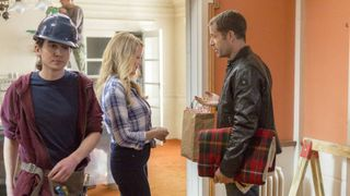 singer jewel stars in hallmark 39 s new fixer upper murder mystery and we can 39 t wait to watch. Black Bedroom Furniture Sets. Home Design Ideas