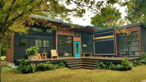 this super cool tiny house is actually a working amp that can be