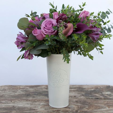 Flower, Bouquet, Cut flowers, Vase, Flower Arranging, Pink, Plant, Flowerpot, Floristry, Purple,