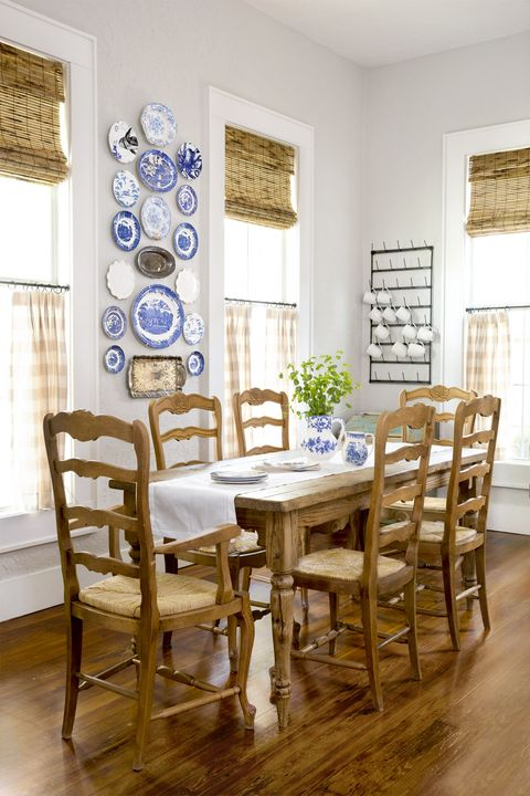 Room, Furniture, Dining room, Interior design, Property, Table, Wood flooring, Chair, Floor, Home,