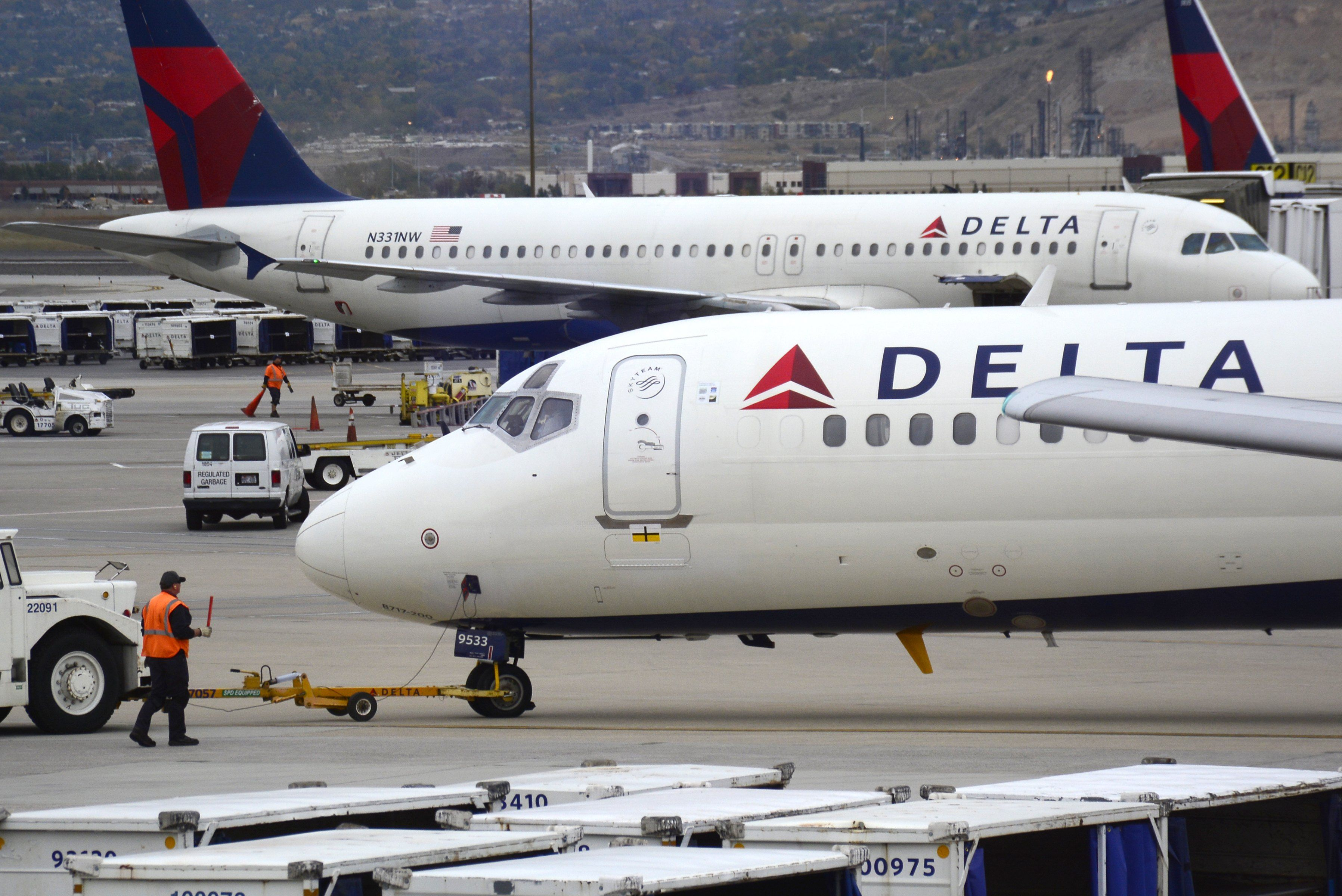 Delta Airlines Paid One Family 11,000 to Give Up Their Airline Seats