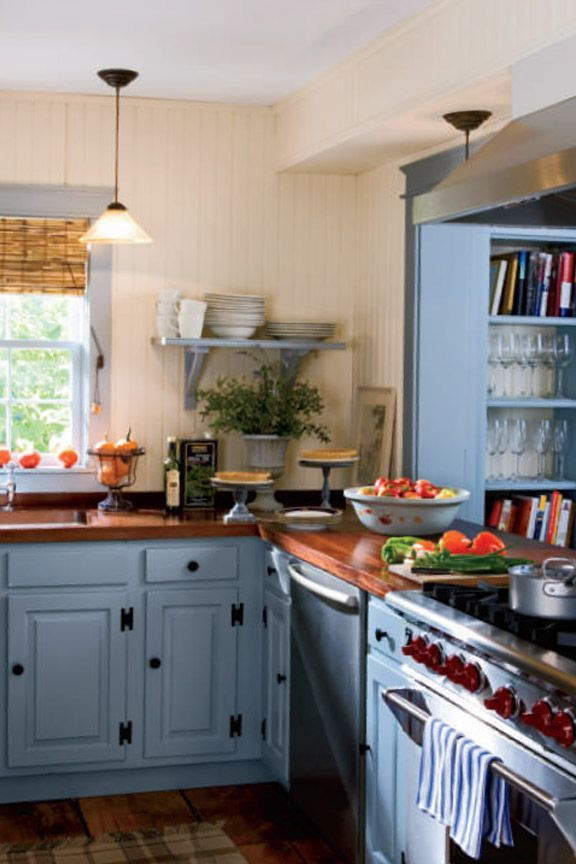 Country Living Magazine & 10 Beautiful Blue Kitchen Decorating Ideas - Best Blue ...