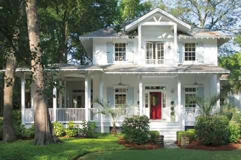 5 best home exterior paint colors for spring what colors - White exterior paint color schemes ...