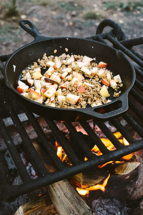 Image Courtesy Of Faring Well Campfire Apple Crisp Breakfast