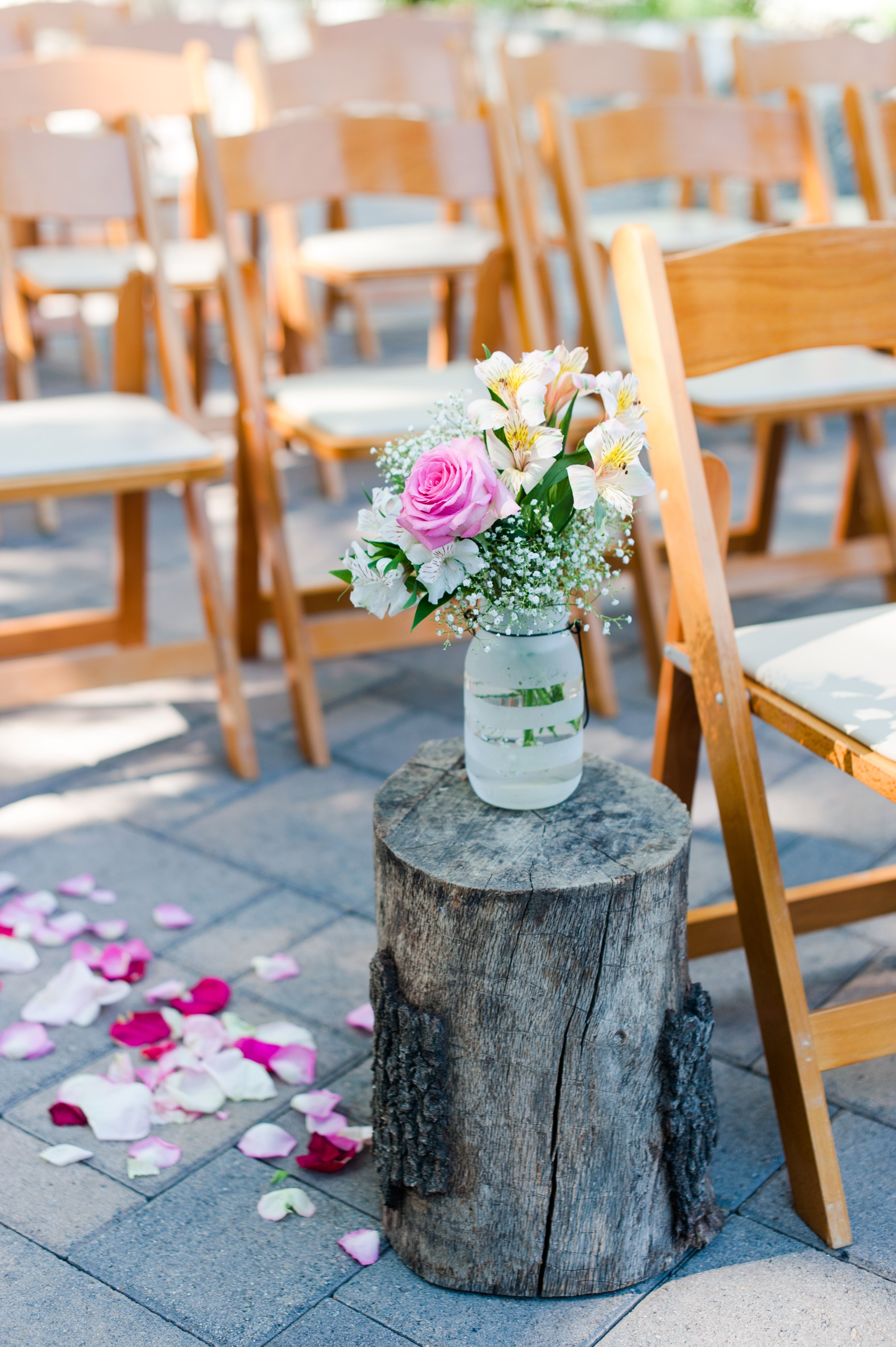 44 Outdoor Wedding Ideas - Decorations for a Fun Outside Spring Wedding