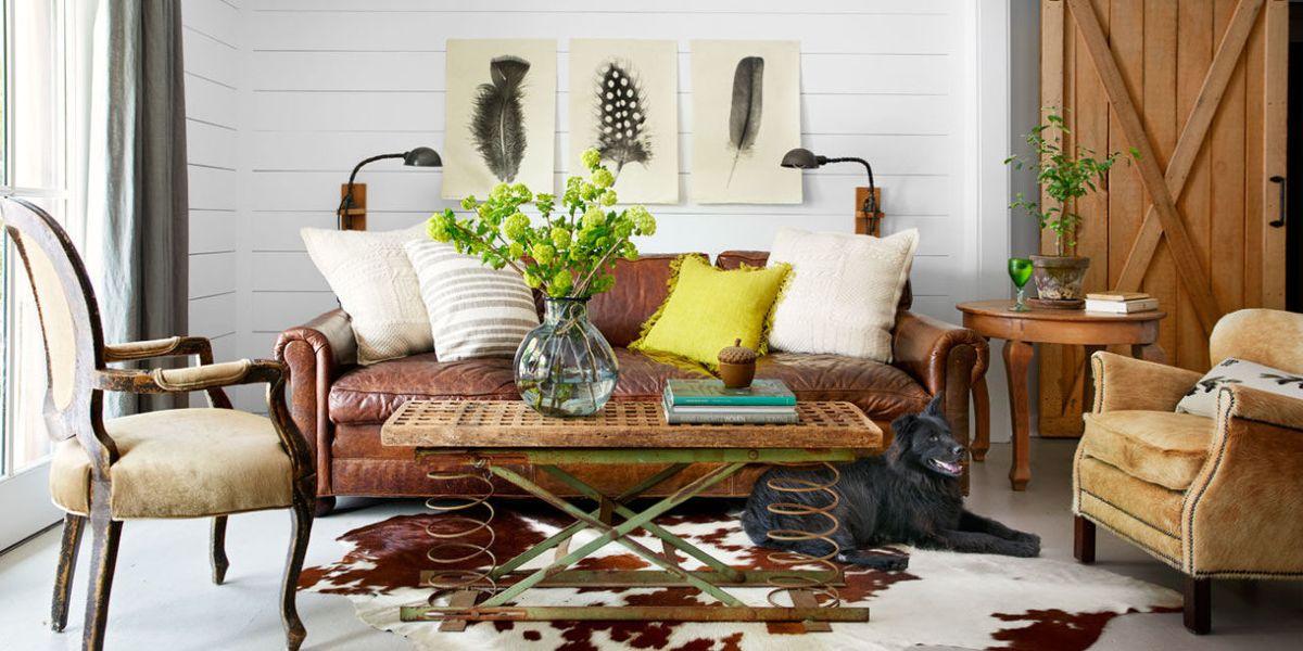 33 Best Christmas Country Living Room Decorating Ideas: Farmhouse Art & Wall Decor