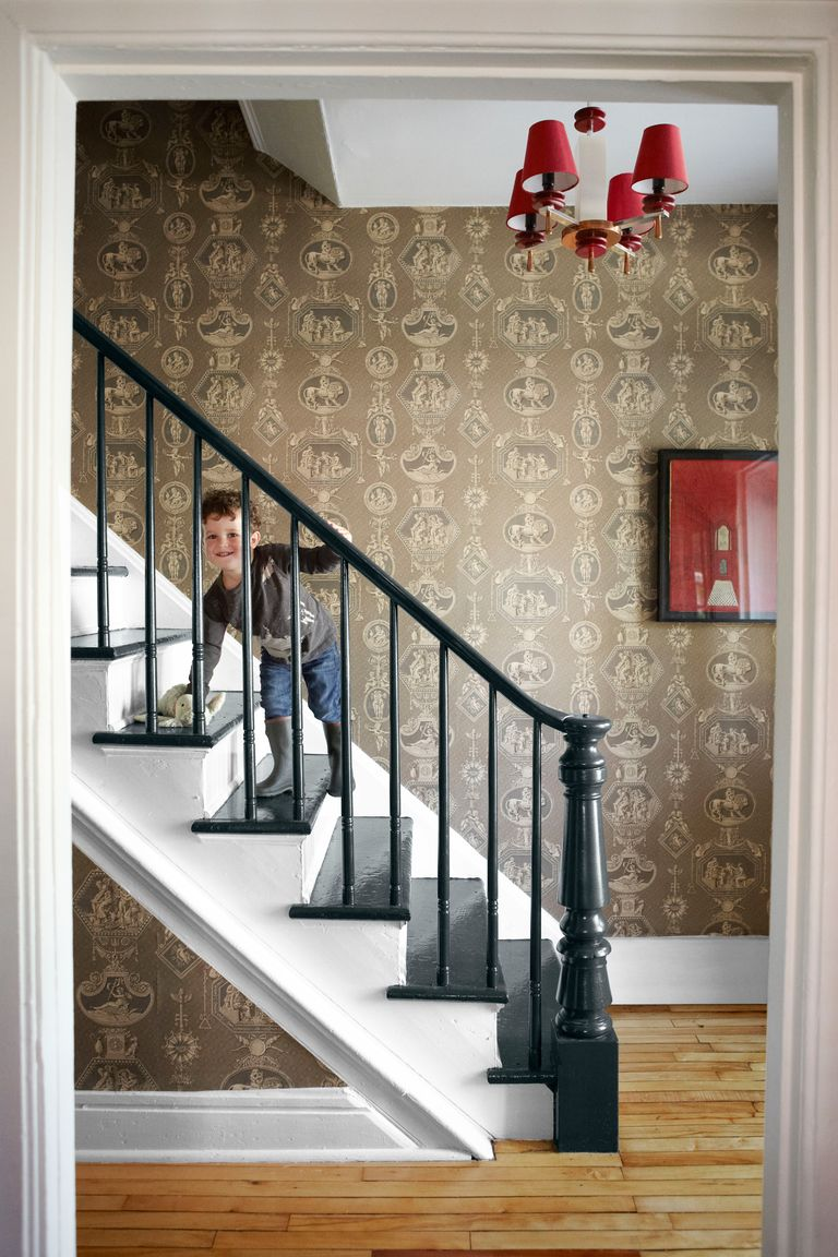 30 staircase design ideas beautiful stairway decorating ideas. Black Bedroom Furniture Sets. Home Design Ideas