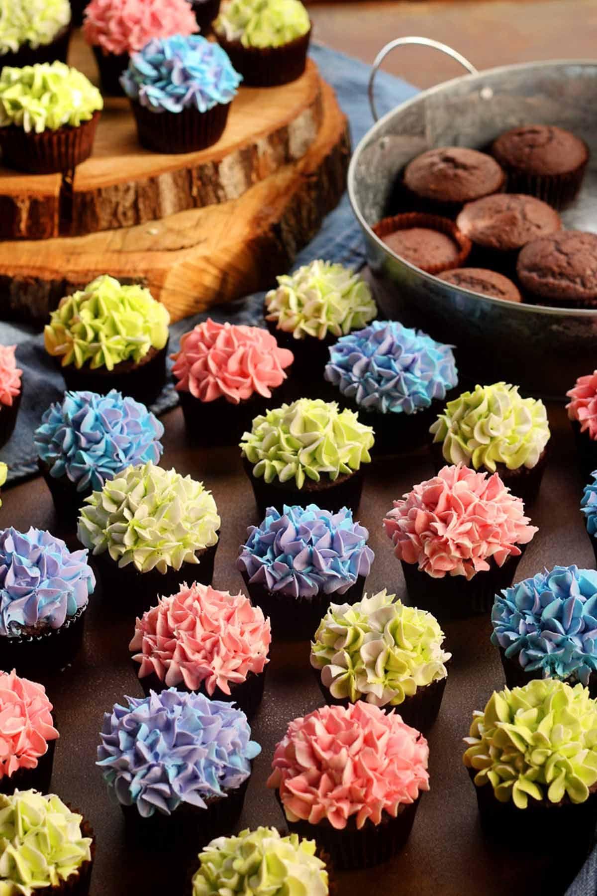cupcake recipe & 30 Best Cupcake Decorating Ideas - Easy Recipes for Homemade Cupcakes