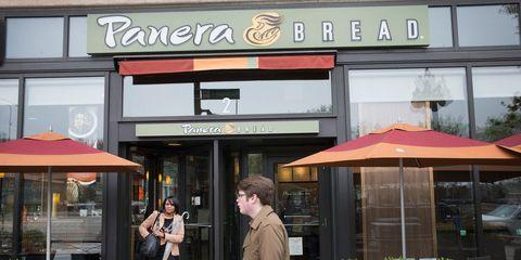 Building, Fast food restaurant, Awning, Café, Facade, Outlet store, Restaurant,