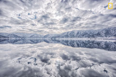 Sky, Nature, Cloud, Natural landscape, Reflection, Winter, Natural environment, Mountain, Snow, Daytime,