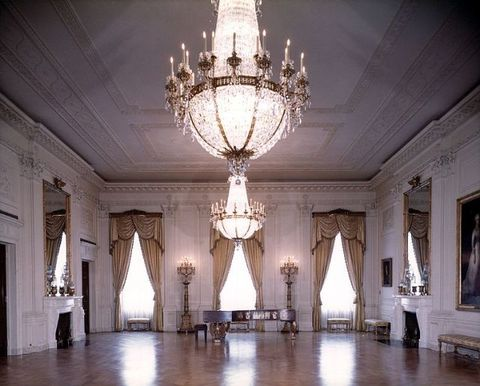 Chandelier, Light fixture, Lighting, Ballroom, Ceiling, Light, Palace, Interior design, Architecture, Function hall,