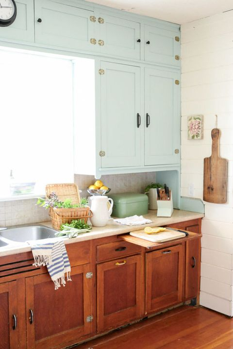 Here\'s What That Pull-Out Board In Your Kitchen Is Really ...