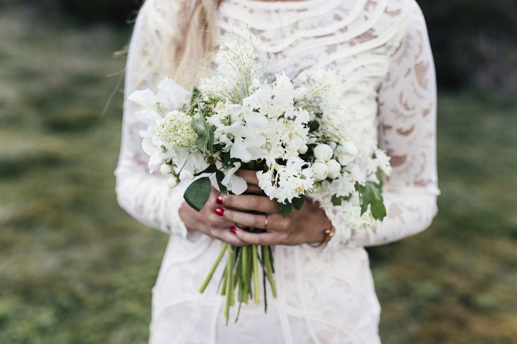 a8c1bfd629353 9 Modest Wedding Dresses - Forget the Naked Dress: Modest Wedding ...