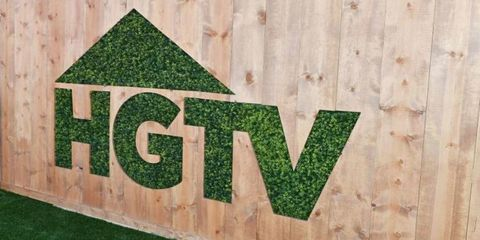 Green, Grass, Wood, Font, Logo, House, Plant, Plywood, Triangle, Address sign,