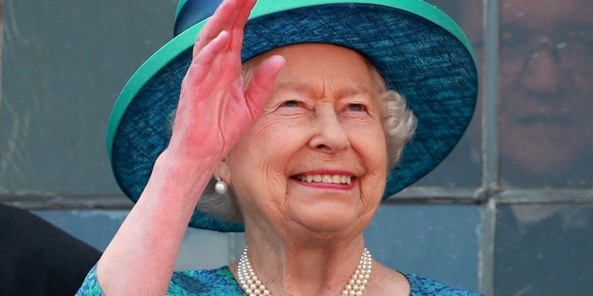 Queen Elizabeth S Favorite Nail Polish Essie Ballet Slippers