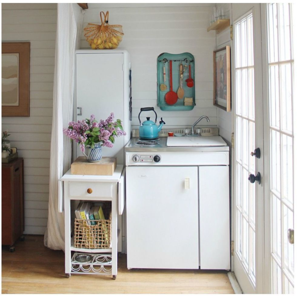 This Couple Turned Their Grandmau0027s Garage Into The Cutest Tiny House