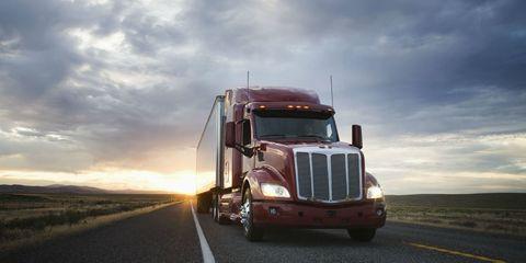 Vehicle, Transport, Mode of transport, trailer truck, Truck, Commercial vehicle, Motor vehicle, Freight transport, Car, Trailer,