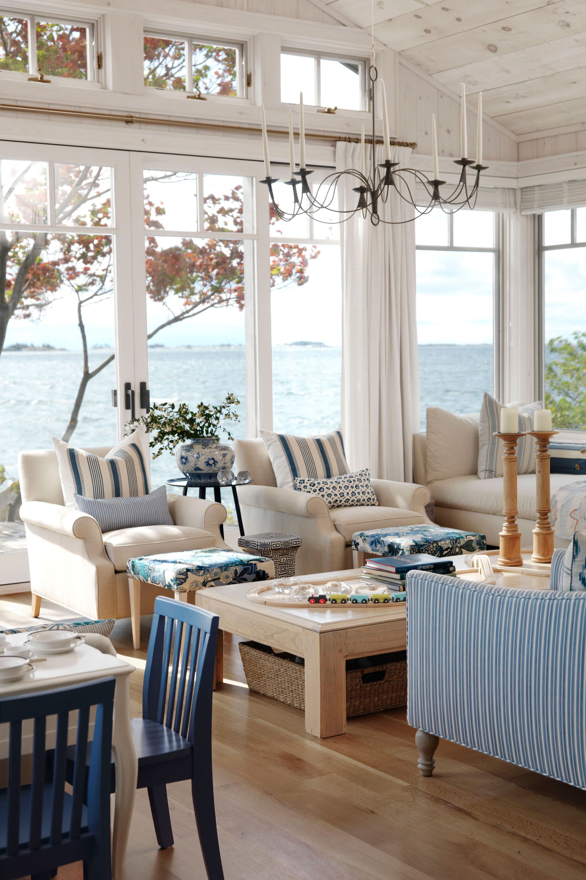 42 Beach House Decorating Ideas