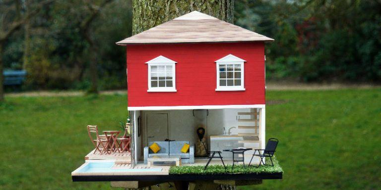 15 Outrageous Custom Birdhouses - Decorative Bird Houses