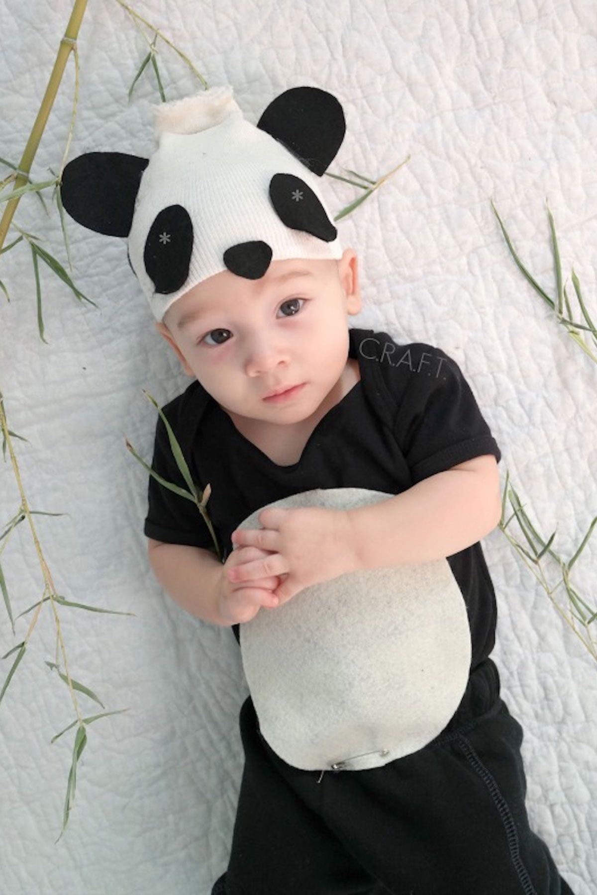 da57582ce3 75+ Homemade Halloween Costumes for Kids - Easy DIY Kids Halloween Costume  Ideas 2018