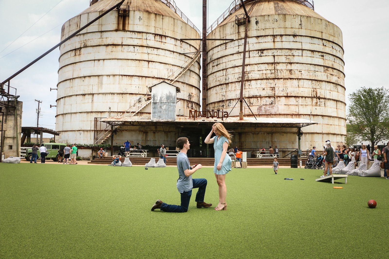 These Fixer Upper Fans Just Got Engaged At The Silos How Chip And Joanna Gaines Played A Part In This Proposal Story